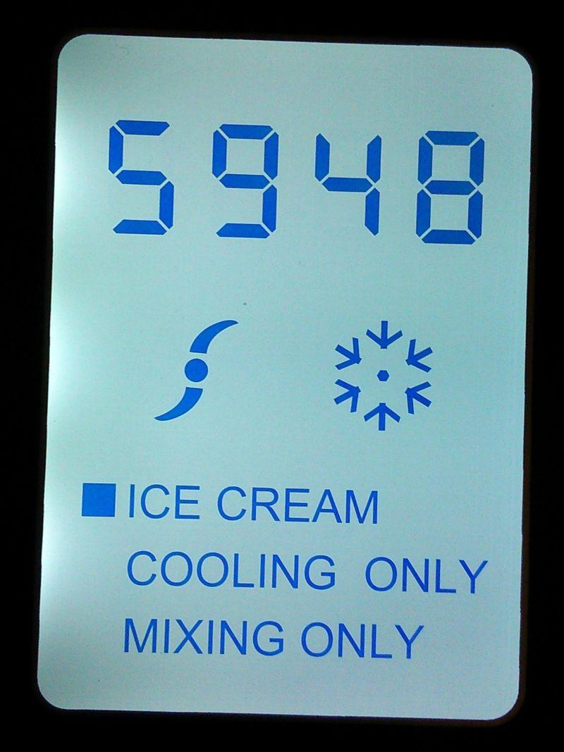 Unold Eismaschine test mit Kompressor Display-min